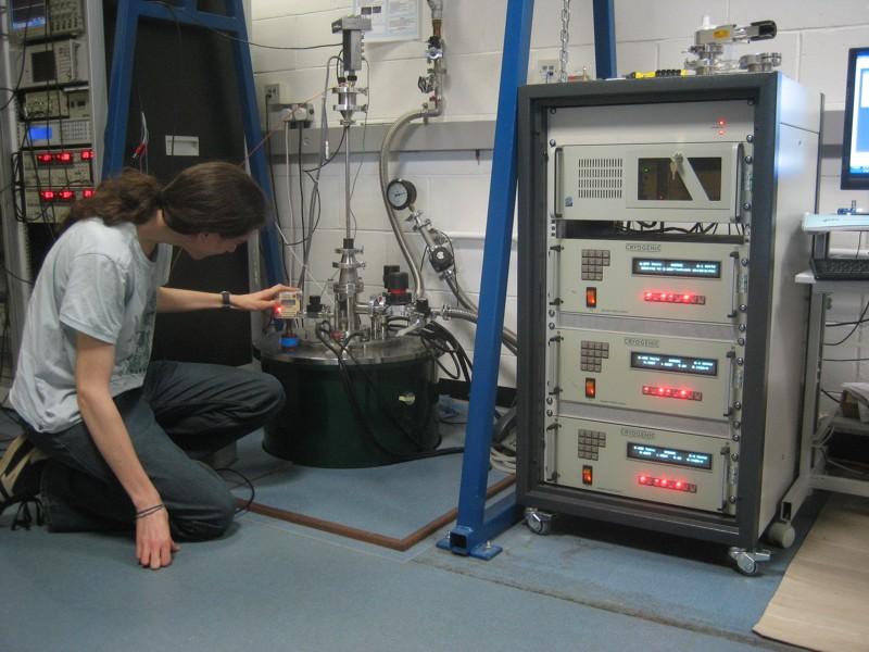Vector Field Cryostat